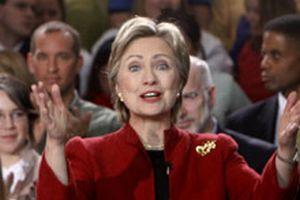 Hillary'nin baş stratejisti istifa etti.11505
