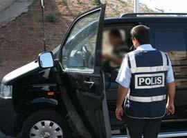 Diyarbakır'da şüpheli araç alarmı .10575