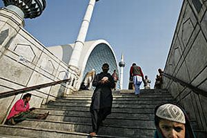 Camiye roket isabet etti: 3 ölü.18577