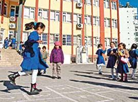 15 milyon öğrenci tatile çıkıyor.15351