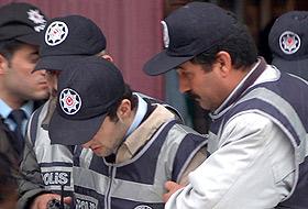 Yayınevi cinayeti sanıkları Malatya Adliyesi'ne getirildi .26370
