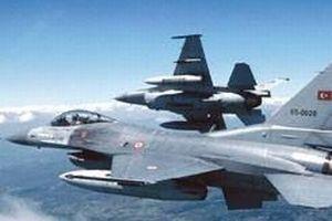 Diyarbakır'dan kalkan F-16'lar PKK kamplarını vurdu.10928