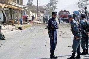 Pakistan'da askeri üsse saldırı.15244