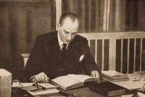 İzmir'de Atatürk'e hakaret dolu CD'ler.16240
