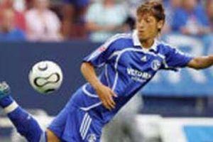 Mesut Schalke'den ayr�l�yor.12231