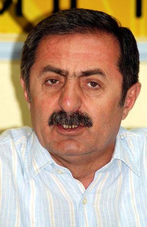 AKP'li vekil, kanun yürürlüğe girmeden tiryakiliği bıraktı.37573