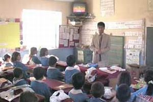 Sözleşmeli öğretmenlere 'yolluk'u yok  .13639