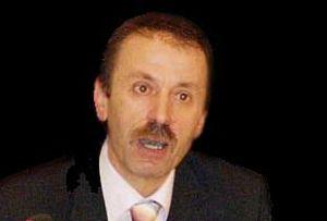 Avukat Kemal Kerinçsiz'le birlikte 14 zanlı adliyede.6480