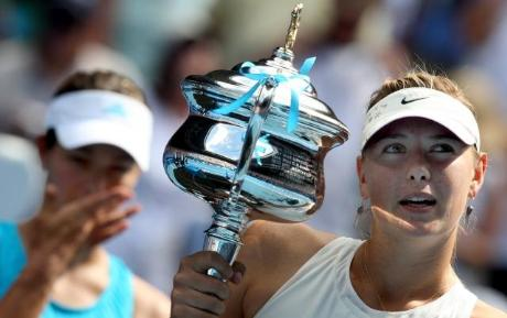 Sharapova set vermeden şampiyon oldu.22731