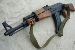 Rusya en �ok silah satan ikinci �lke.11990