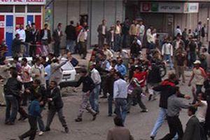 Polis, DTP mitinginde çocukları vazgeçirdi  .16692