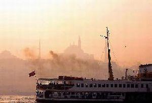21 yağmur fişeği atılan İstanbul'da etkili kar bekleniyor.8901