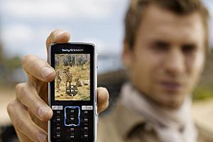 Cep telefonu tüketimi hızlanıyor.10071