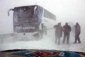 33 yolcu, 33 saat mahsur kaldı.11188