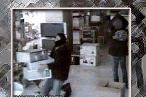 Şip şak hırsızlar kameraya yakalandı.19621