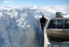 Kar ve tipi nedeniyle 806 köye ulaşılamıyor.13360