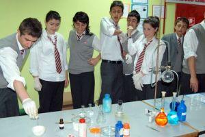 Fizik, kimya, biyolojiyi tüm öğrenciler anlayacak.15590