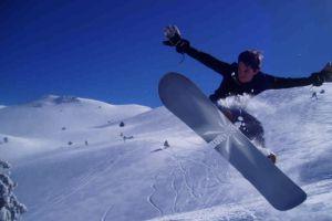 Meşeköylüler, snowboard'culara karşı.8973