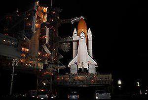 Uzay mekiği Endeavour kenetlendi.11373