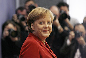 Merkel, Türk öğrencilerle sohbet etti.19849