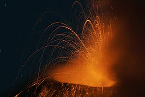 Kolombiya'da yanardağ faaliyete geçti.8742