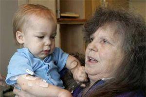 Mucize bebek, hortumdan sağ kurtuldu.11582