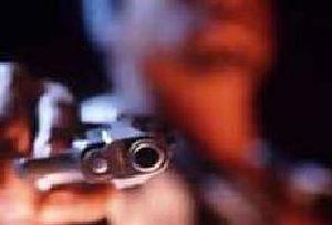 Afyon'da silahl� kavga: 2 yaral�.8144