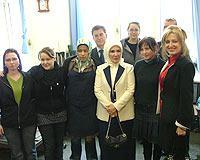Emine Erdo�an, Kreuzberg Meslek Okulu'nu ziyaret etti.11544