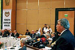 Baro Başkanlarının toplantısında türban tartışıldı.16259
