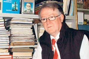 Kitaplarının telifiyle 6 yılda 36 okula kütüphane kurdu.14752