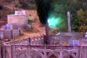 Mezarlıktaki esrarengiz ışığı kaydeden kız konuştu.13935