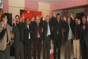 BBP'den topluca istifa edip AK Parti'ye katıldılar.11719