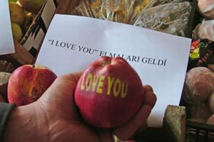 'I love you' elmaları geldi!.12604