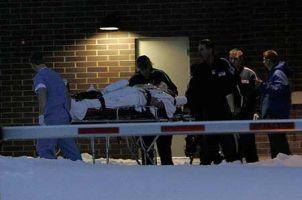 Illinois eyaletinde bir kişi üniversiteyi kana buladı: 5 ölü.11602