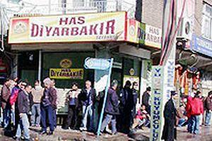 PKK, esnafı yıldıramadı.22097