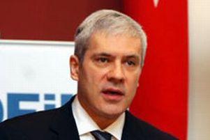Sırbistan parlamentosu feshedildi.8277