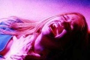 Kadına şiddet sadece dayakla yapılmıyor.10476