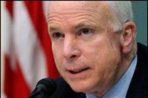 McCain'i en önemli danışmanı yaktı.9760