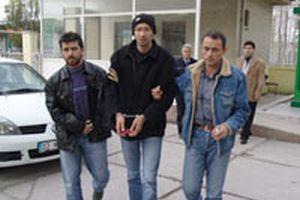 Mersin'de şırıngalı saldırgan yakayı ele verdi.13121
