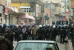Şırnak Cizre'de olaylı cenaze töreni.24892