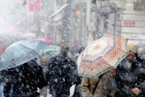 Adana'da kar yağışı ve fırtına.15436