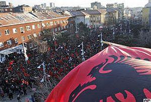 Kosova'n�n art�k anayasas� var.21179