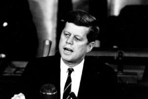 Kennedy suikastinde yeni bir gelişme.7210