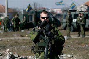 NATO g��leri Kosova s�n�r�nda alarma ge�ti.14373