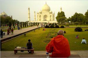 Asya'daki en yüksek ücret Hindistan'da.13414