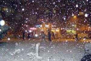 Ankara'da bu gece lapa lapa kar var.21006