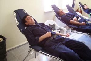 Yılda 2 kez kan vermek vucudu yeniliyor.20424