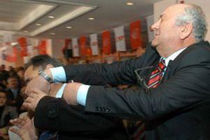 CHP'liler mahkemede yumruklaştı.11497