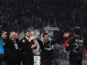 Beşiktaş'a yeniden umuf geldi.14429