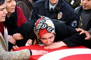 Şehit cenazesinde teröre lanet.14432